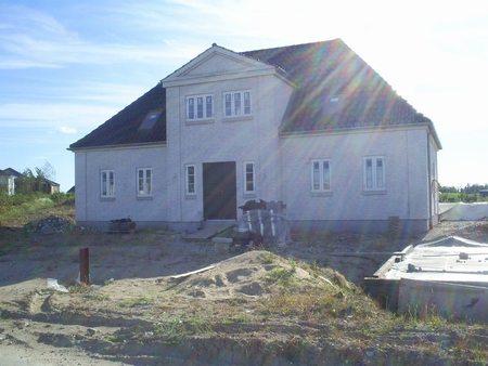 Totalentreprise Haslev, Faxe, stort færdig bygget hus